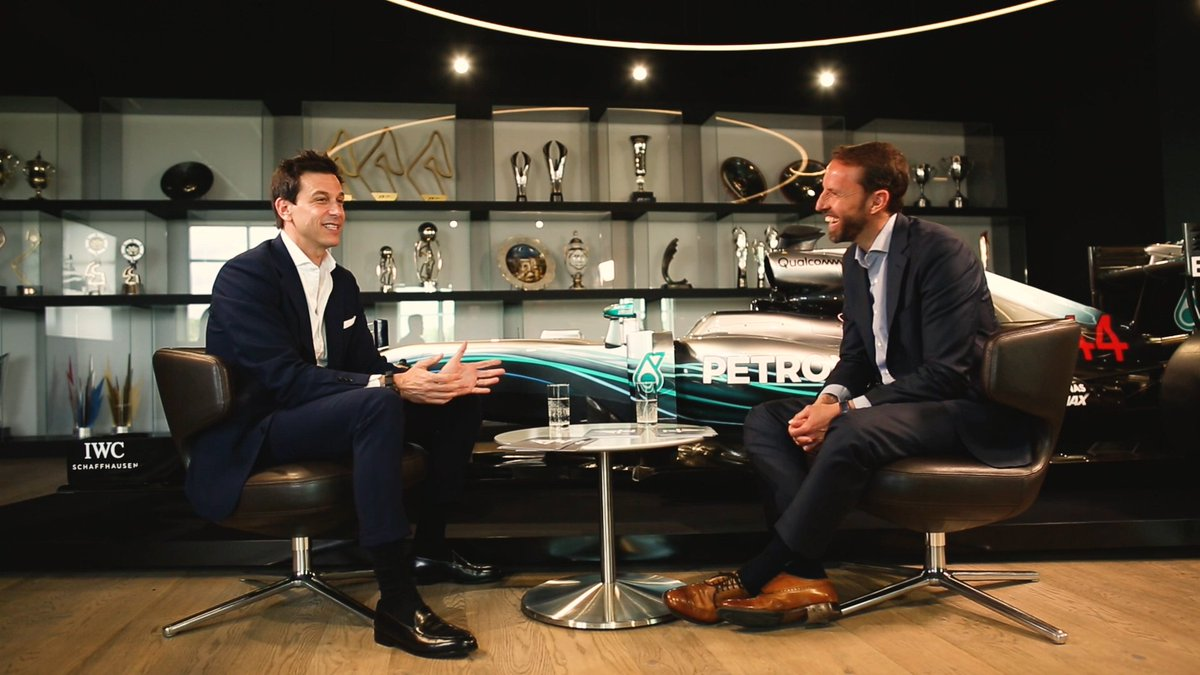 "💬 ""We're trying to build an environment where people are encouraged to take risks. Mistakes happen - but you can only eliminate them if you discuss them. Nobody is being fired because they make a mistake...""  When Toto met @England's Gareth Southgate 📹 x @C4F1"