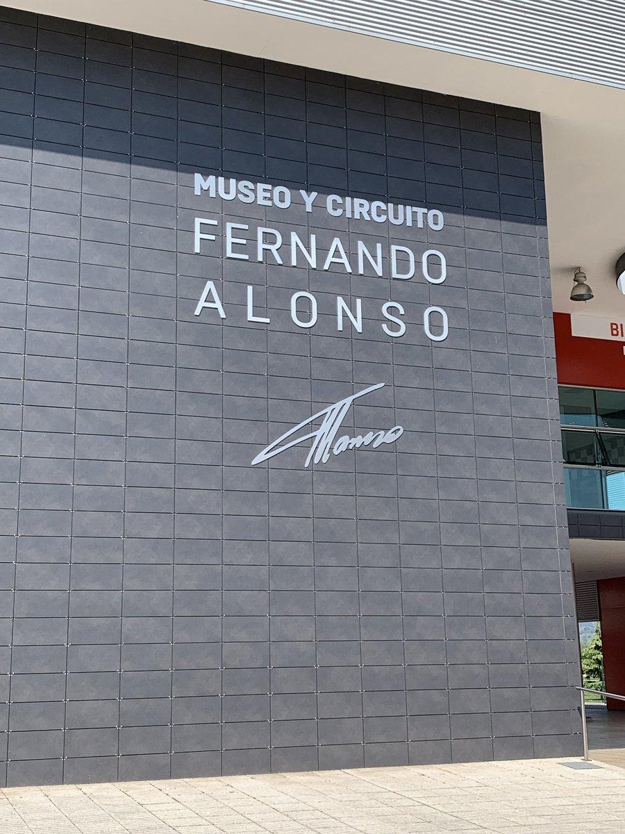 @CircuitoMuseoFA , increíble el museo Fernando Alonso , cuánta pasión allí adentro !!! Gracias @alo_oficial