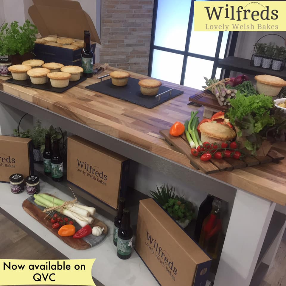test Twitter Media - Now available to purchase on @qvcuk https://t.co/E2ROyIGpod but be quick! 😍 They contain 6 x Steak & Ale (Saucy Cow) and 6 x Steak & Horseradish (Gower Cwtch) #pie #wilfreds #lewipies #gower #steakpie #steak #premium https://t.co/j7GtkQFx7q