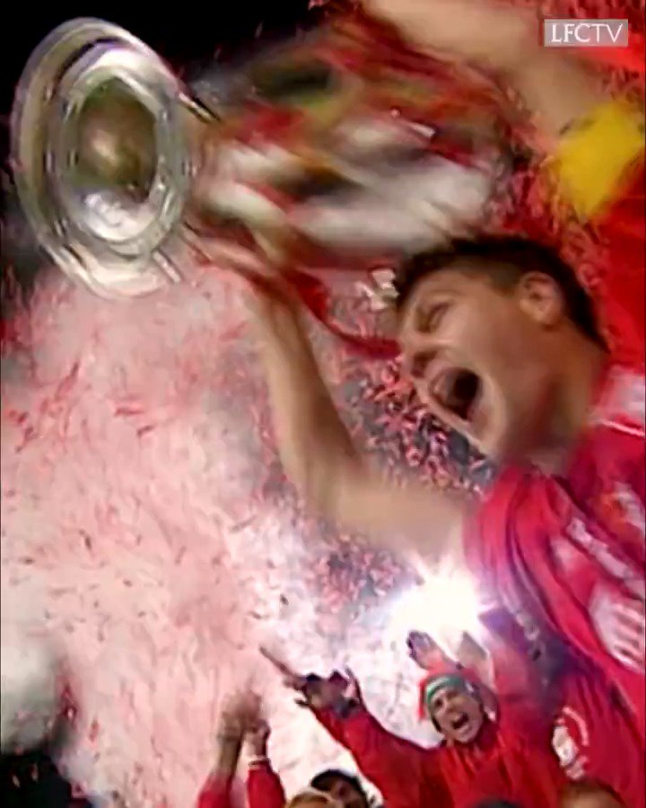 "15 anos da maior final de @ChampionsLeague da história. O dia que o @LFCBrasil fez o impossível!  Quem se lembra do ""Milagre de Istambul""?  #OTD #MondayMotivation #Champions #Liverpool #Milan  https://t.co/xMZhhWRVRY"