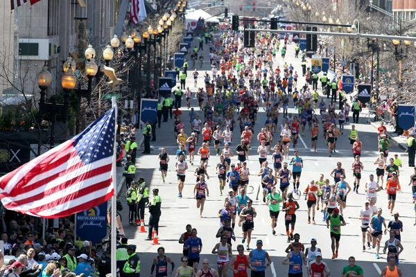 With @bostonmarathon in their backyard, study says Massachusetts has the fastest marathoners - check out average times:  https:// wbur.fm/2YWS7hm      via @WBUR @aashlock<br>http://pic.twitter.com/5NX13KSxql