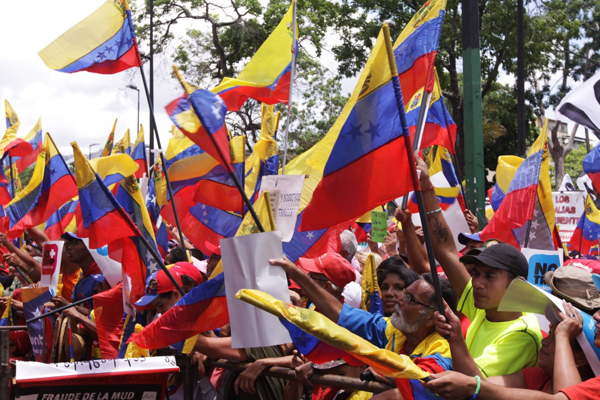 #13Ago 📢 ⏩ #VenezuelaLibreYSoberana Pdte. @NicolasMaduro: Nuestra Patria tiene derecho al futuro, a su autodeterminación y a decidir su propio destino en lo económico, político, social y cultural. Estamos preparados para la batalla y para la victoria.