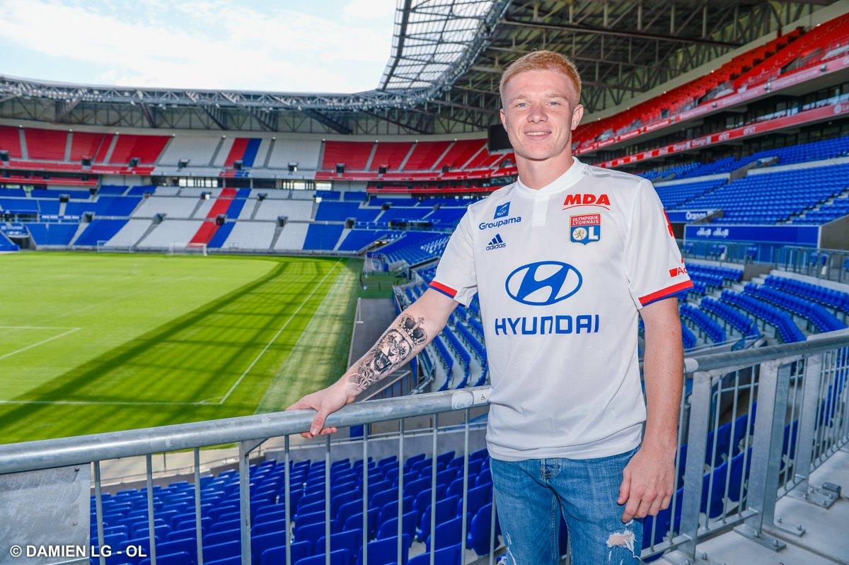 Olympique Lyonnais On Twitter Melvin Bard A Signe Son Premier Contrat Professionnel Jusqu En 2022 Toutes Les Infos Https T Co Hjctjcxlwy