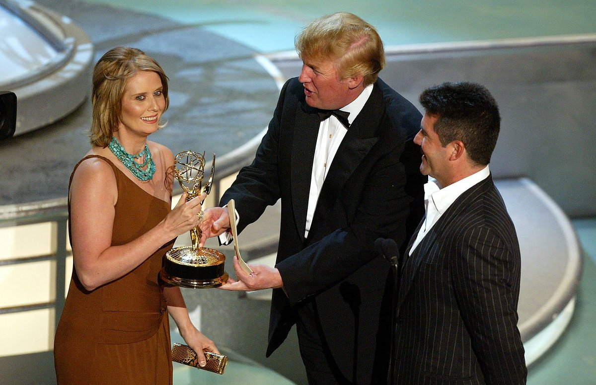 Does #EmmylessDonald remember presenting @CynthiaNixon with her Emmy award? I feel like this wasn't the first time @realDonaldTrump was awkwardly snubbed by a woman either.<br>http://pic.twitter.com/mpfayKf9Pz