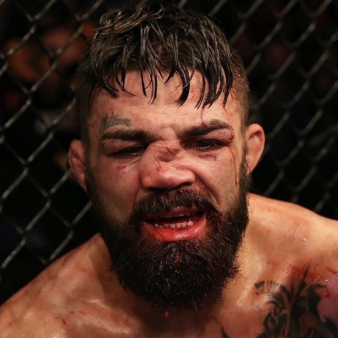 What a fight this was 🔥🔥 that knee from @LuqueVicente was savage 👊🏼👊🏼 hats off to @PlatinumPerry he has some heart 🧡🧡   Link in bio to the latest episode 🎧💯  #ufc #UFC240 #UFC239 #UFCUruguay #ufc242 #mma #fight #fighting #podcast #PodernFamily #shevchenko #ufc241