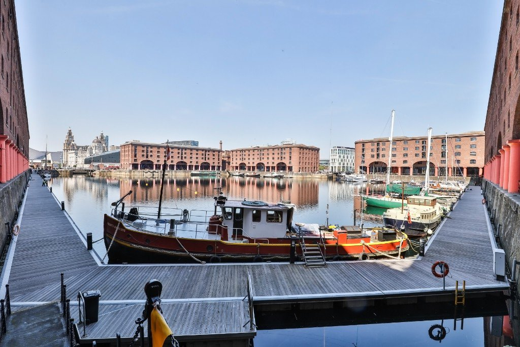 .@theAlbertDock included in @lonelyplanet Ultimate UK Travelist. Amazing news! independent-liverpool.co.uk/blog/royal-alb…