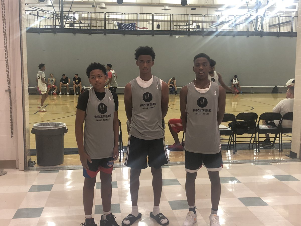 Lots of positive feedback for 2020 Kyree Dunn (Burbank) and 2023s Micah Hobson (Capital Christian) and Kam Manning-Fuimaono (Monterey Trail) after playing in the @HBUSkillsSummit  last Saturday in Irvine, CA https://t.co/yr1DpuwsNL