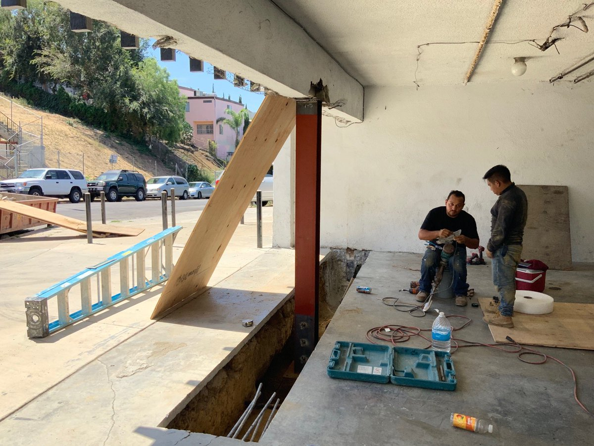 Retrofit Tuesday! We appreciate our workers and every inch of dedication they put in their projects.  #constructionworker #Appreciation #retrofit #safe #home #foundation #EARTHQUAKELA