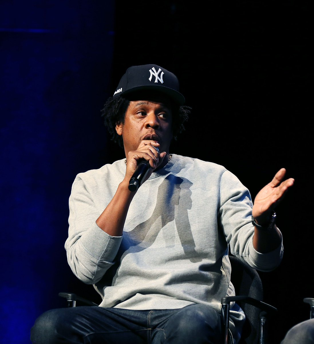 JUST IN: NFL reportedly planning to partner with JAY-Z and Roc Nation.➡️http://cmplx.co/pnEaKt2