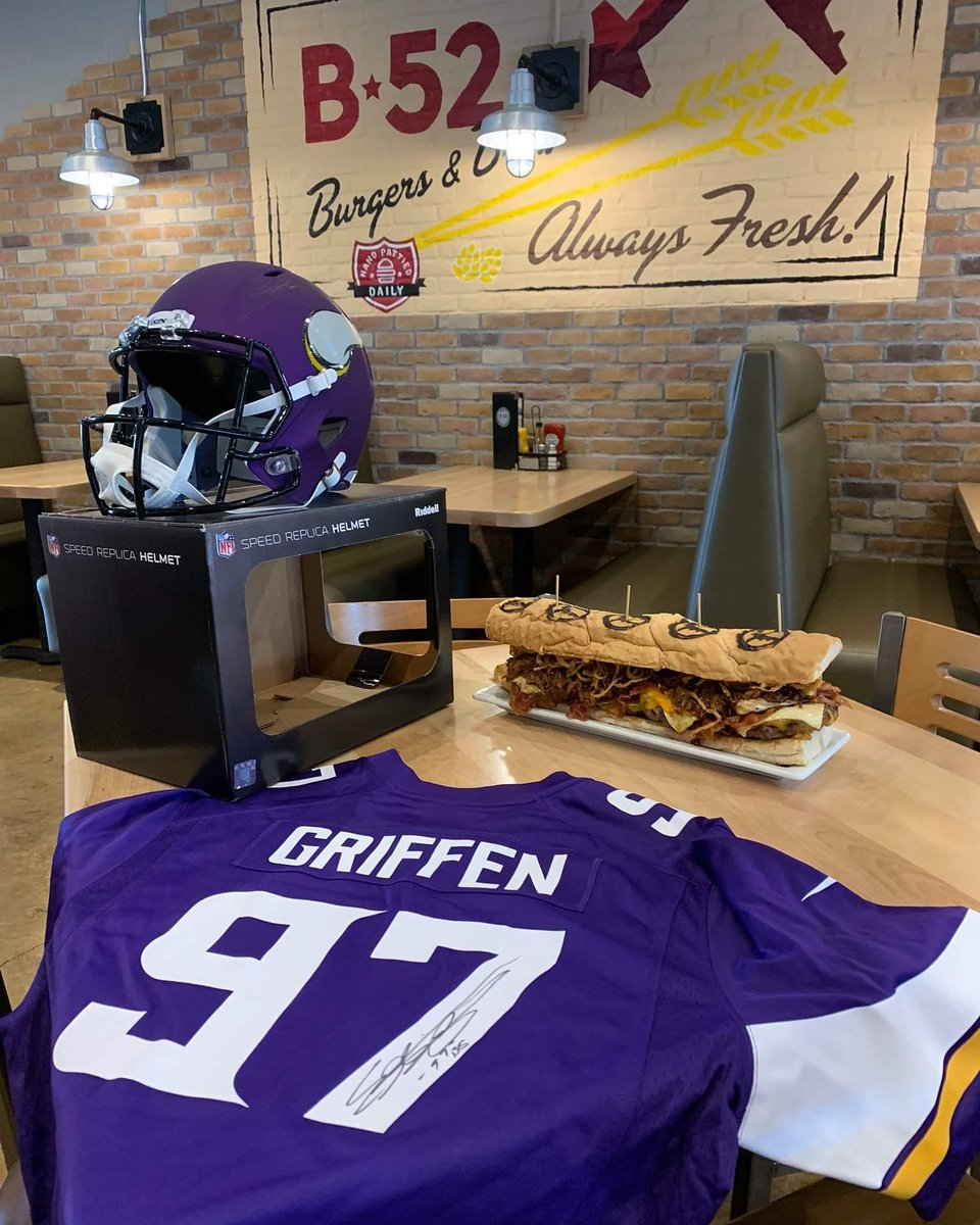 #foodchallenge  The first TWO people to defeat the MOAB at Lakeville B52 will each get their meal for free AND a helmet or jersey signed by Everson Griffen!  Must finish the fries and you must finish everything within an hour.  SKOL LAKEVILLE!! https://t.co/iVLDqBKNCB