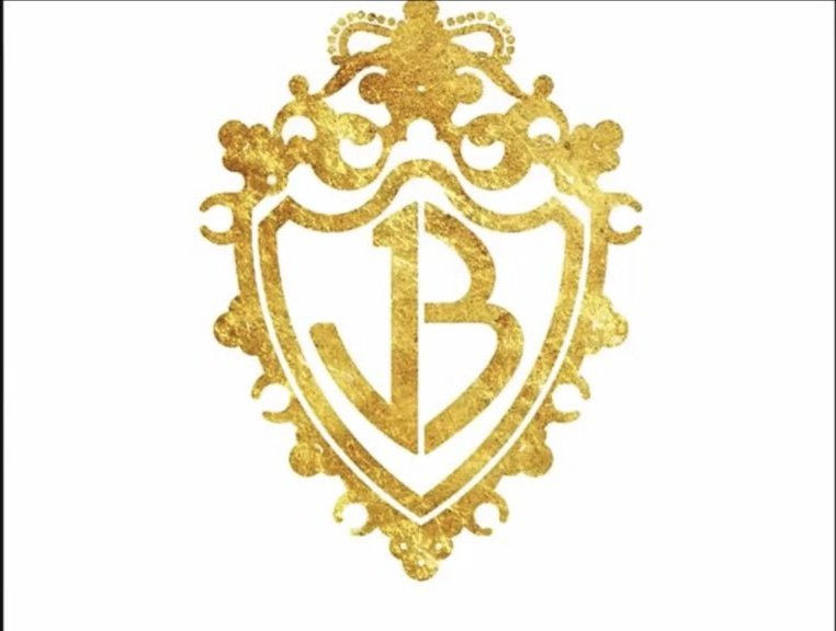 The old JB logo at the end of the #OnlyHumanVideo hit me so hard like a big ol' slap of nostalgia round the face, I'm still recovering @jonasbrothers<br>http://pic.twitter.com/4lUqEfSksy