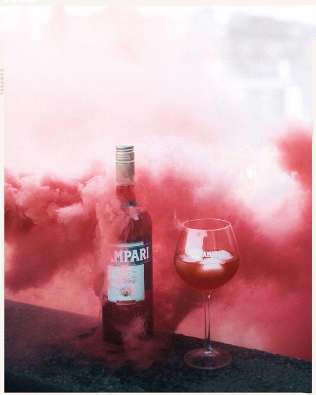 Watch out for the red mist to join the Campari tonic summer party ! 🍹  La saison estivale est lancée avec le #CampariTonic ! Voici la recette: - 4cl de Campari - 12cl de Tonic - Glaçons et une rondelle de citron vert  L'abus d'alcool est dangereux po… https://t.co/juSQeaCAzA https://t.co/QYEhidNqjl
