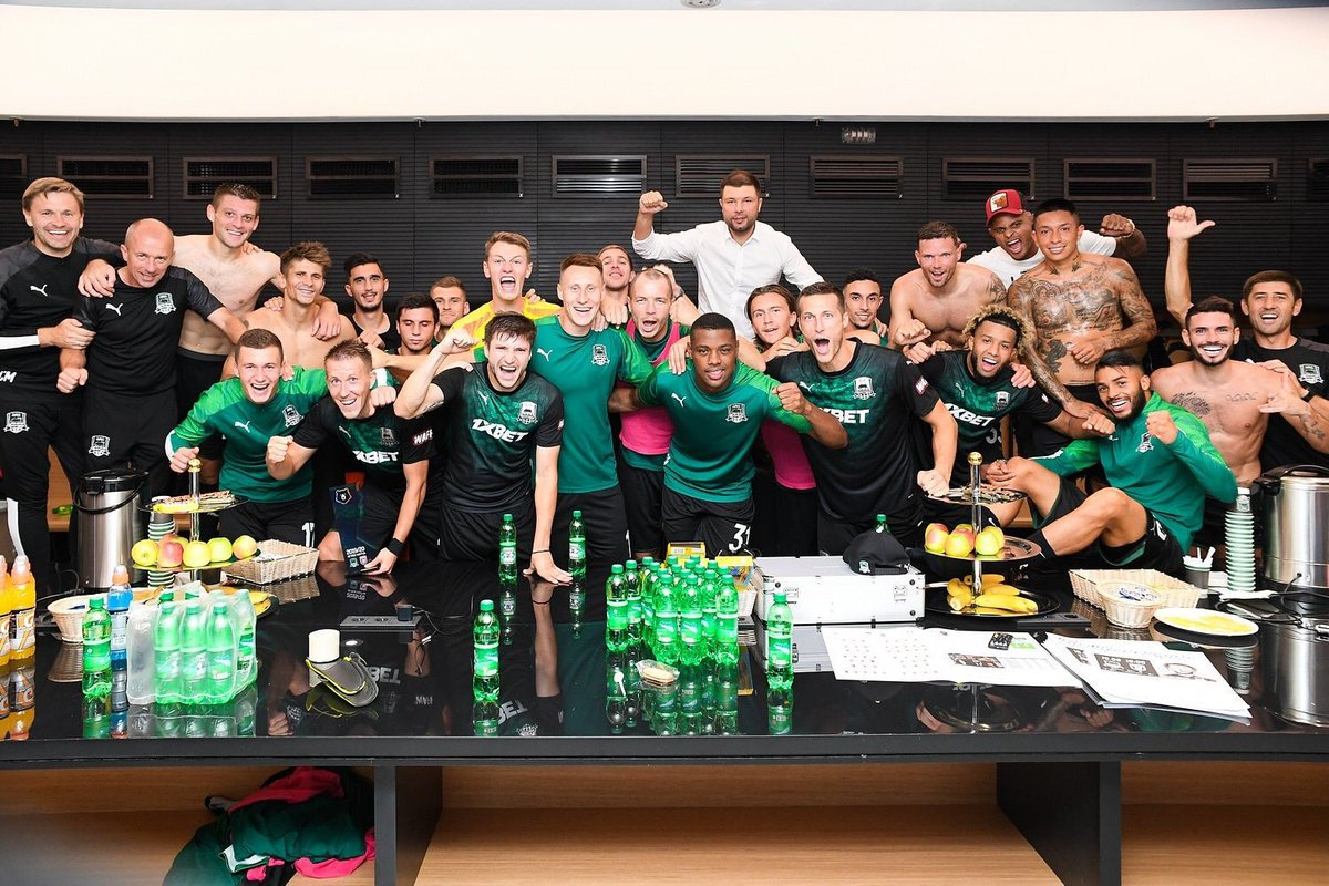 FC Krasnodar have just knocked Porto out of the Champions League  It's the first time in 10 years that the 2004 winners have failed to reach the group stages... losing to a side that was only founded in 2008  <br>http://pic.twitter.com/u5V67Lgygi