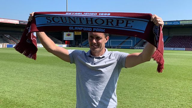 Paul Hurst is the 1st #Scunthorpe manager to lose his opening 3 games in charge since Ron Ashman in Oct 1967. He has lost his last 5 games in management & won just 1 of his last 19 games (including #Ipswich & #Shrewsbury jobs). #Iron #UTI #ITFC #Shrews