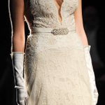 Image for the Tweet beginning: The barely there bridal gown