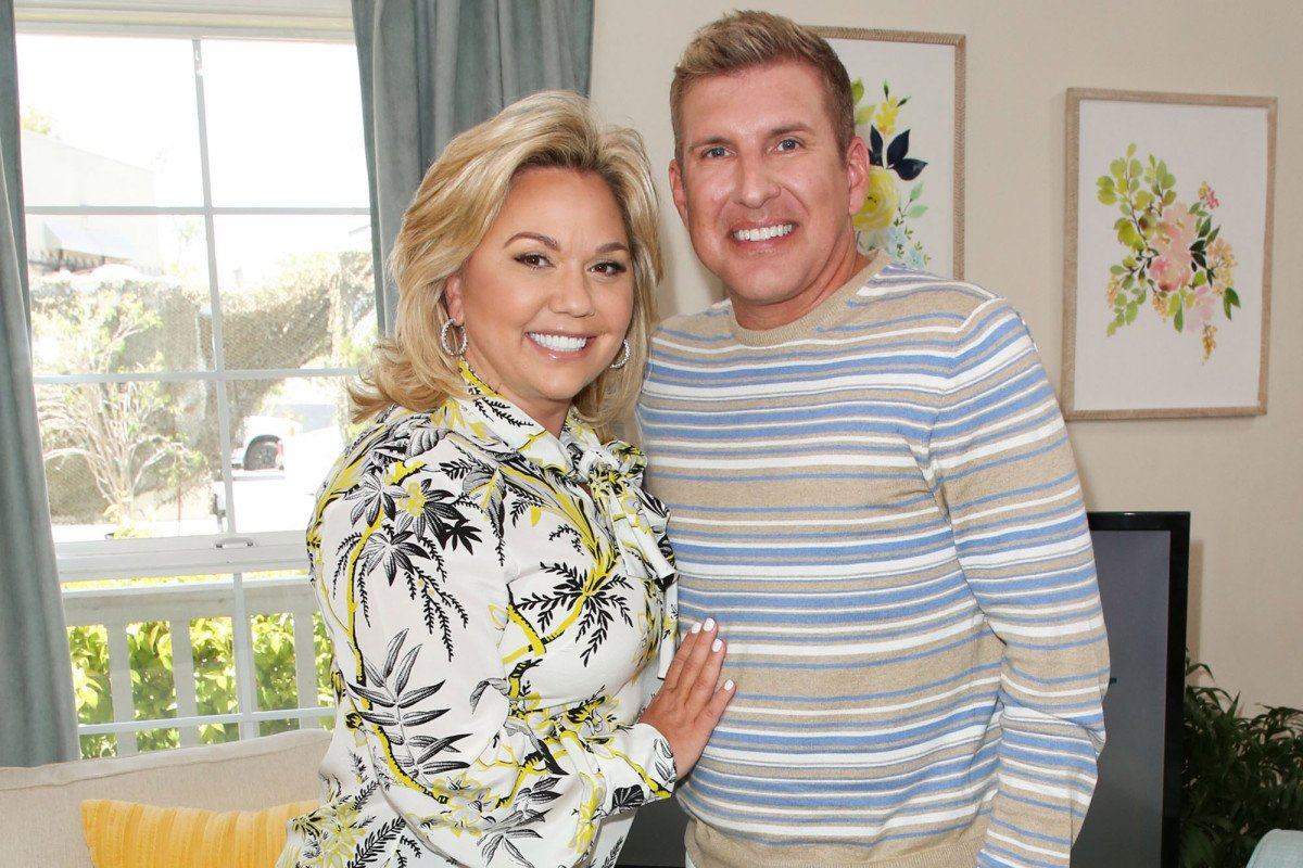 Reality stars Todd and Julie Chrisley charged with tax evasion, fraud https://trib.al/lcYCSuX