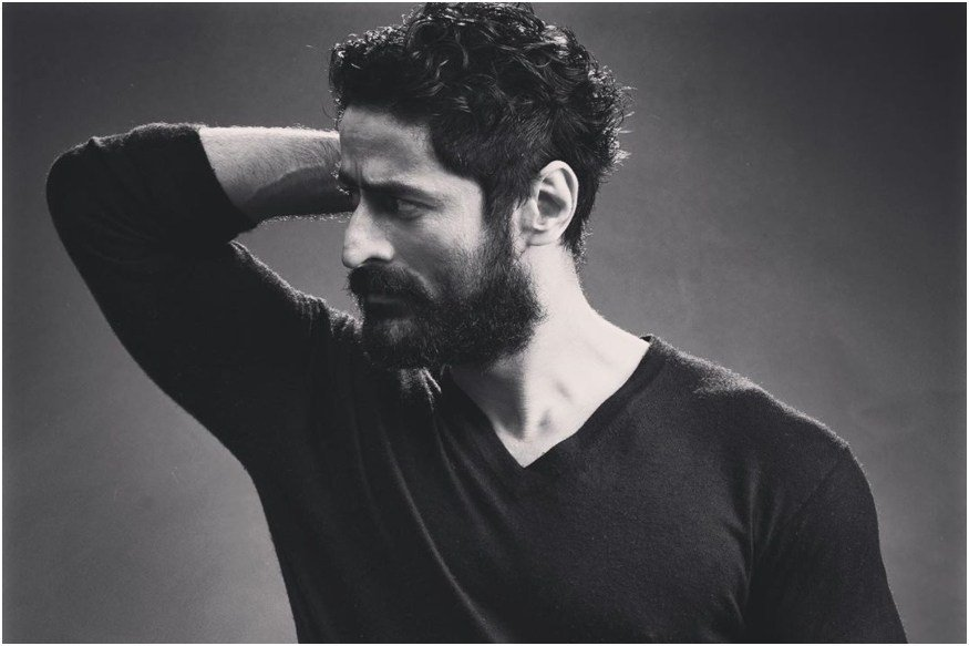 Happy Birthday Mohit Raina: 5 Times the Uri Actor Impressed us with His Instagram Pics