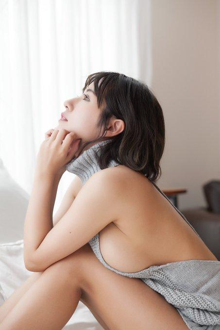 グラビアアイドルヴァネッサ・パンのTwitter自撮りエロ画像15