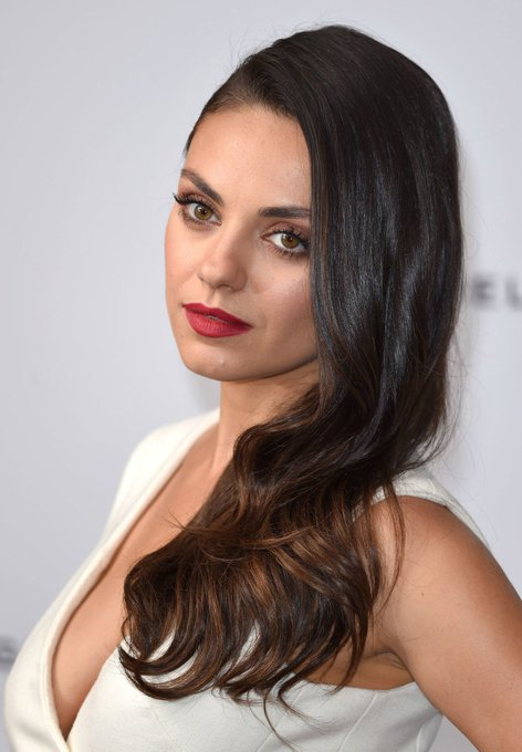 Happy birthday to Mila Kunis! 36 today!