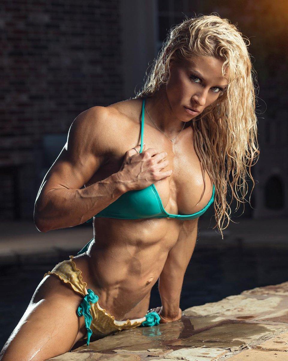 Teen Bodybuilder Flexing