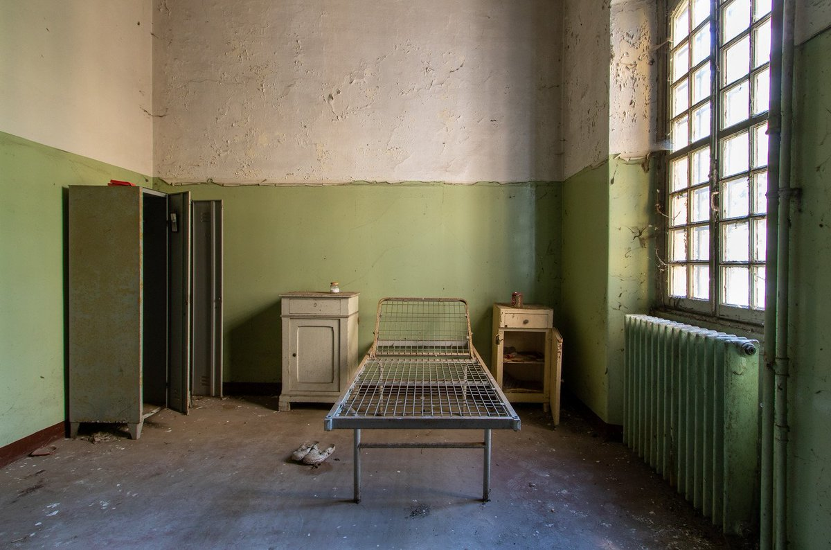 David On Twitter Asylum Bedroom With Stuff Still Left Behind Abandoned Urbex Liveforthestory Canon Italy