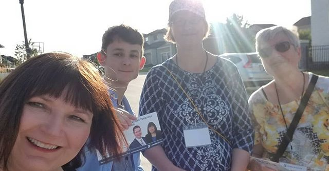 A good night at the doors connecting with Bridgwater Forest residents. Thank you for taking the time to speak with me and my team. #victoryisknocking #positivechange #Maher4WpgSouth  https:// ift.tt/2Z24NaM    <br>http://pic.twitter.com/SUHWY9bmgq