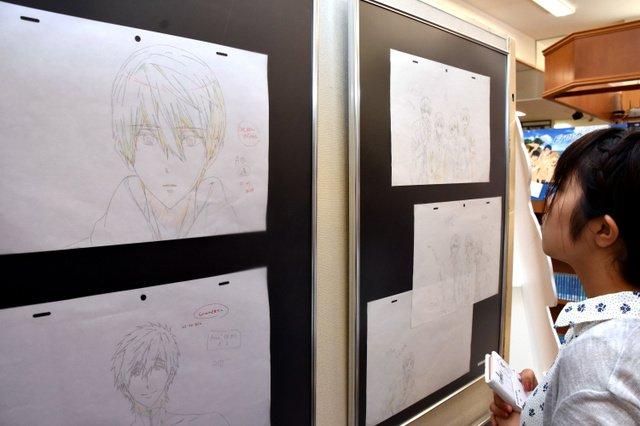 【撮影可】焼失免れた京アニの原画70枚を展示 31日まで島根の今井書店で原画展を開催。京アニが手がけた『Free!』など5作品の原画や監督らのメッセージパネルが展示されている。
