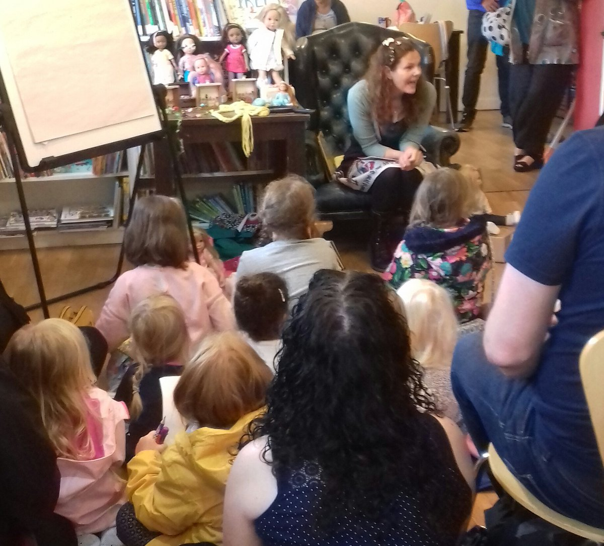 The lovely @AbieLongstaff has a whole shop full of avid #FairytaleHairdresser fans listening to Kitty Lacey and Thumbelinas adventure 🌸🌷🌼 A perfect way to cheer up a rainy morning! @PuffinBooks