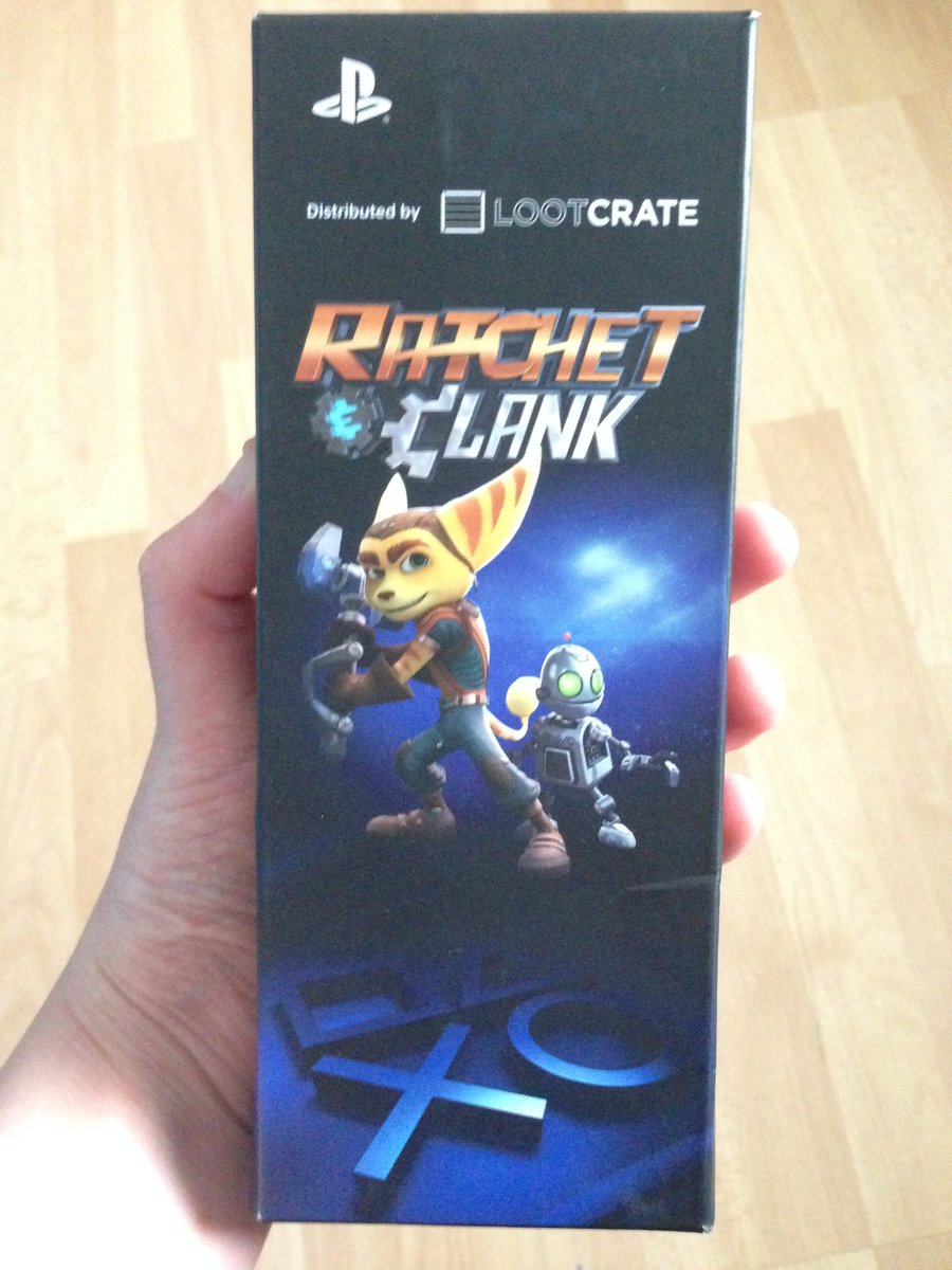 What's this in the mail? Another impulsive purchase? 👀Nope, it's actually a gift because I wouldn't stop talking about it.Sorry, I just love Ratchet and Clank too much! 😂(Also, it's a pen! Perfect for a gamer and writer like myself😁)