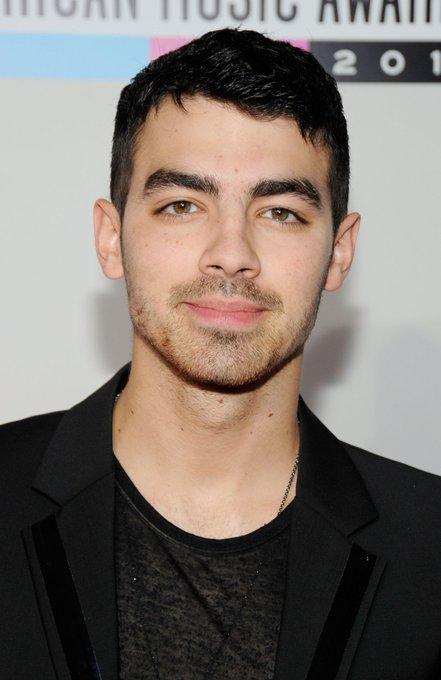 "August 15:Happy 30th birthday to singer,Joe Jonas(\""Sucker\"")"