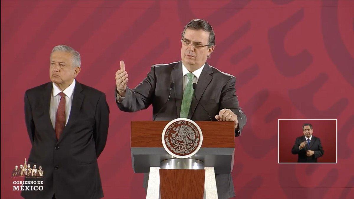 """El canciller Ebrard afirma que más que emitir una alerta de viaje a Estados Unidos, México impulsará catalogar el ataque en El Paso como terrorismo.  """"No es algo simbólico"""", reitera.EN VIVO: http://bit.ly/2MYbrZj"""