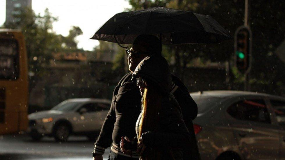 OJO. No guarden el paraguas; persistirán este miércoles las lluvias en la mayor parte del país http://bit.ly/2N4Bv4L