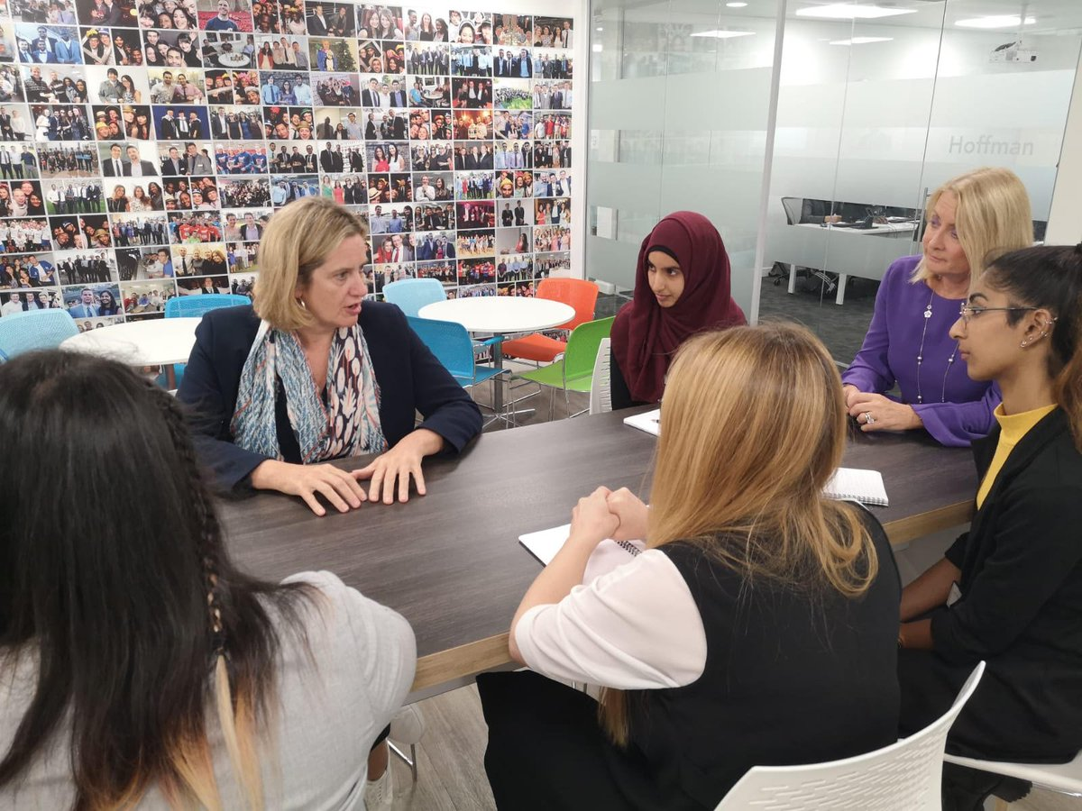 Minister for Women & Equalities @AmberRuddHR is visiting @FDMGroup in Leeds today to hear about how theyre empowering women in the workplace. The organisation reported a -1.7% gender pay gap earlier this year.