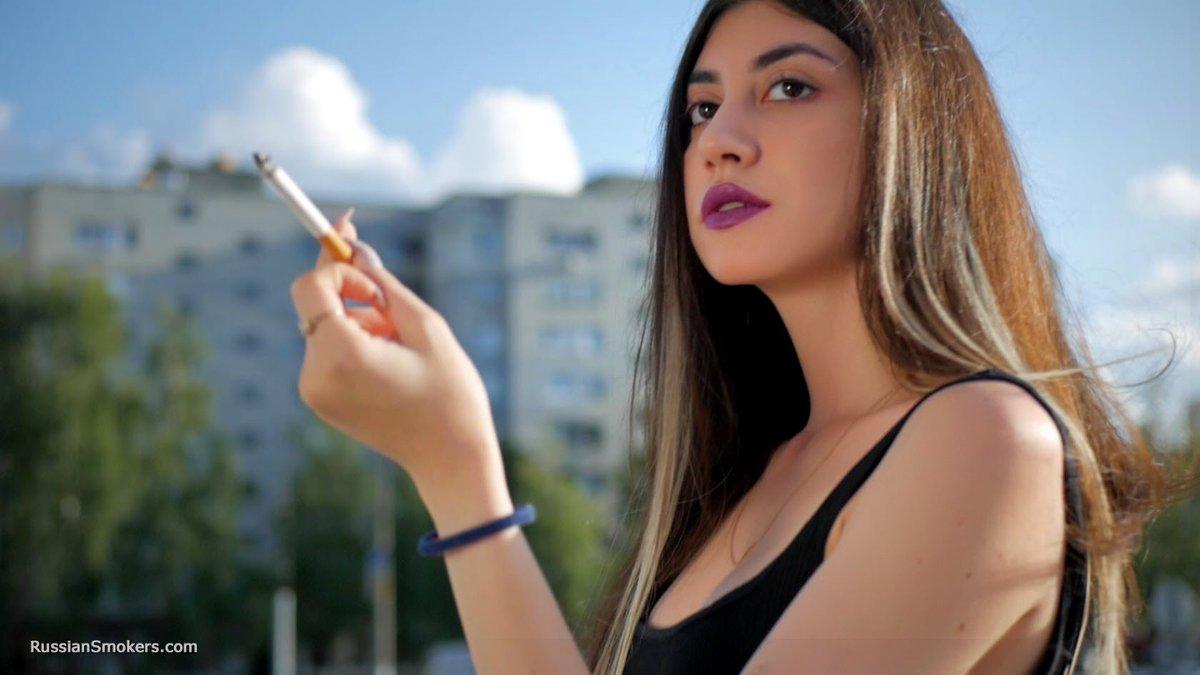 Amateur Milf Smoking Sex
