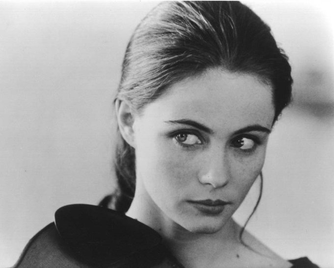 Happy Birthday to Emmanuelle Beart who turns 56 today!