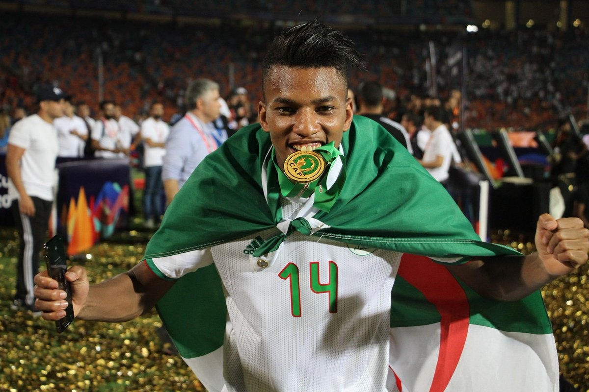 """Laurent Calippe (former Bordeaux scout) on Algeria international midfielder Hicham Boudaoui: """"Watch Algeria vs Tanzania at #AFCON2019  and tell me what you think of Boudaoui – it's like watching Tigana in his prime !"""" #TeamDZ<br>http://pic.twitter.com/EQTTkUKSju"""