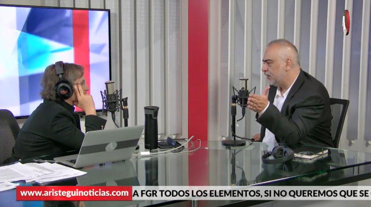 (@FigueroaAlfredo) dijo que al no pedir la renuncia a Rosario Robles aún con la información que tenía, Peña Nieto consideró que todo era invención o estaba protegiendo un red de intereses desde la cúpula del poder, en #AristeguiEnVivo 👉http://ow.ly/zNkw30plNXG