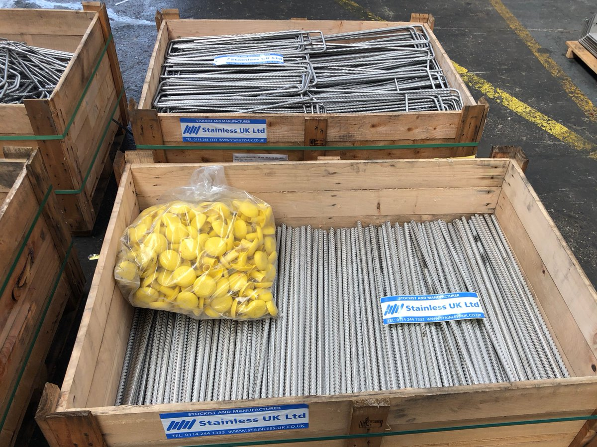 10 Tonnes of cut and bent Stainless rebar and reinforcing mesh panels for a project up in Scotland leaving us today. #StainlessSteelMesh #stainlesssteelrebarpic.twitter.com/4X4atGTuDV