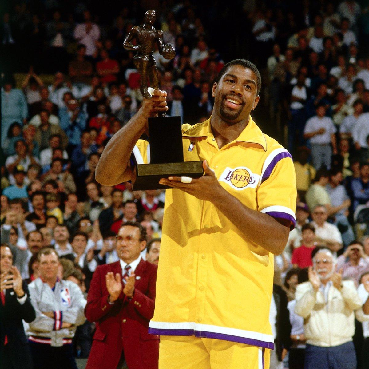5x NBA champ. 3x MVP. HBD to the legend, @MagicJohnson 🙏🏽