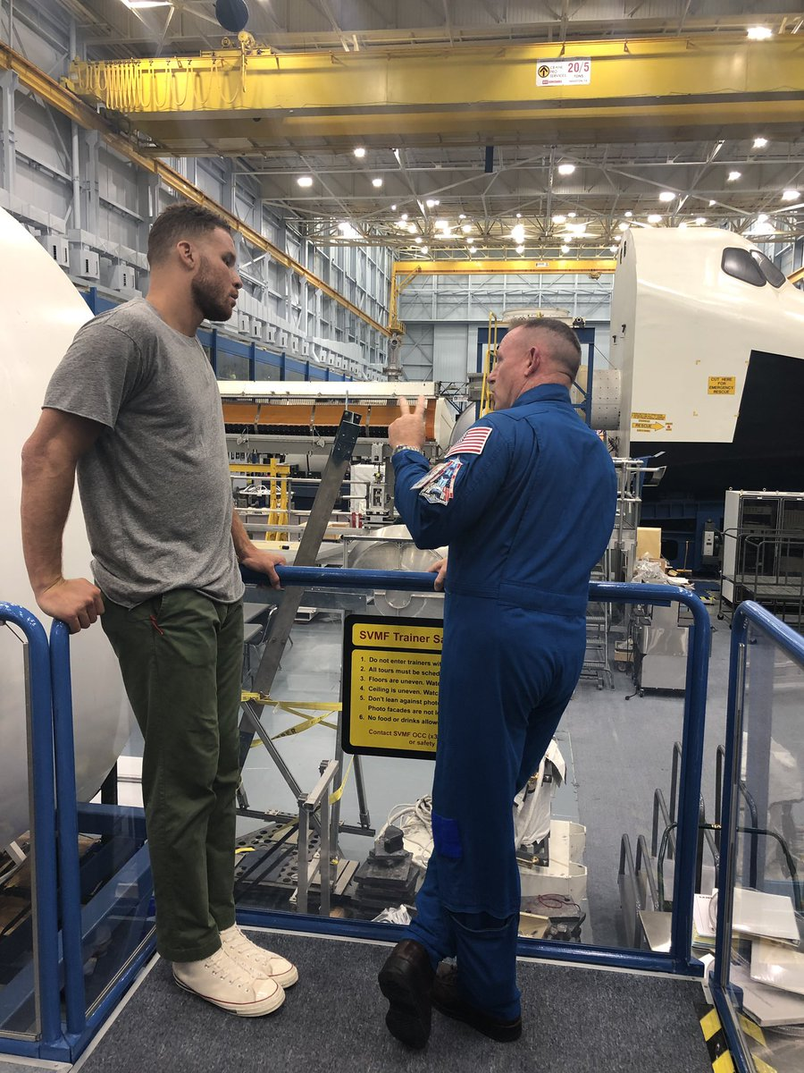 I think we're going to need a taller spacesuit! 👨‍🚀 Thanks for visiting, @blakegriffin23. 🏀 From astronaut training to discussing our #Artemis plans to go forward to the Moon, we're glad we could share our space with you! ✨