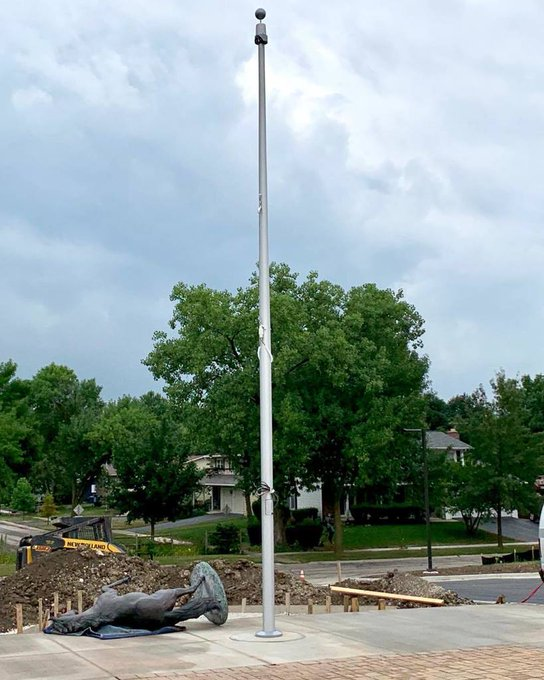 @DownersGrove #HighSchool #BeaconLight #Winch #Flagpole #ClearPowderCoat finish. Getting ready for back to school with updates. https://t.co/gK7Nw2zMeQ https://t.co/jMiPbaoOvY