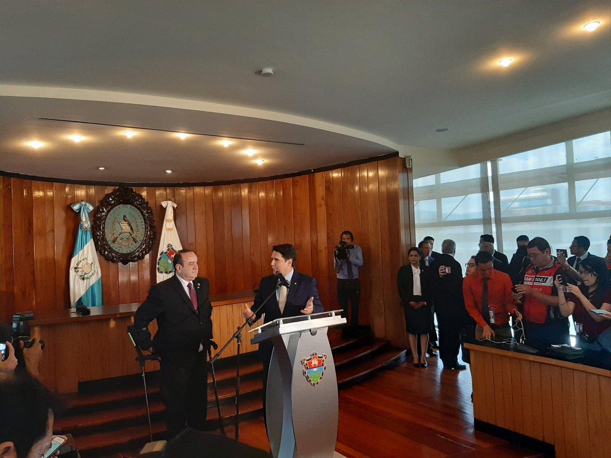 | AHORA | El alcalde, Ricardo Quiñonez se reunió con el presidente electo, Alejandro Giammattei. Se le quiere se le reconoce. Es y va ser un presidente que conoce la Ciudad de Guatemala... nos alegra su triunfo electoral -Ricardo Quiñonez.