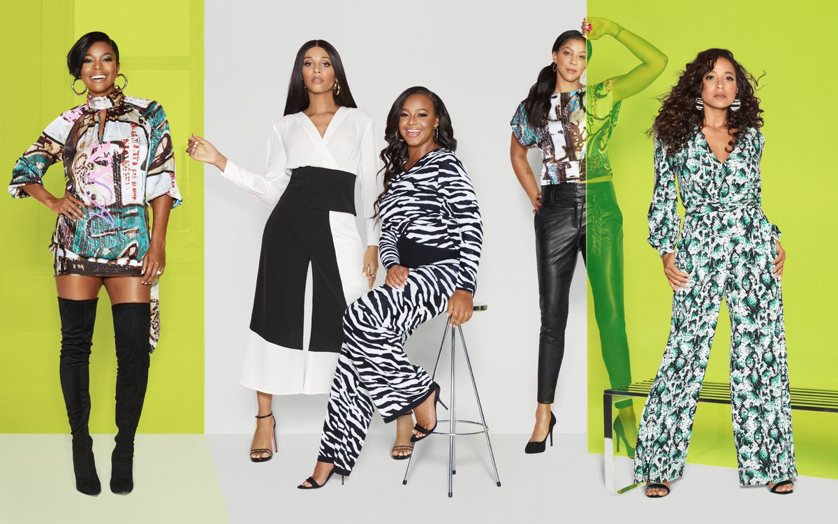 Today's #wcw are the strong ladies standing beside me here in my latest @nyandcompany campaign. This group of women exemplify & embody everything my new collection is meant to stand for: changing the world by living their truth. New: nyandcompany.com/gabrielle-unio…
