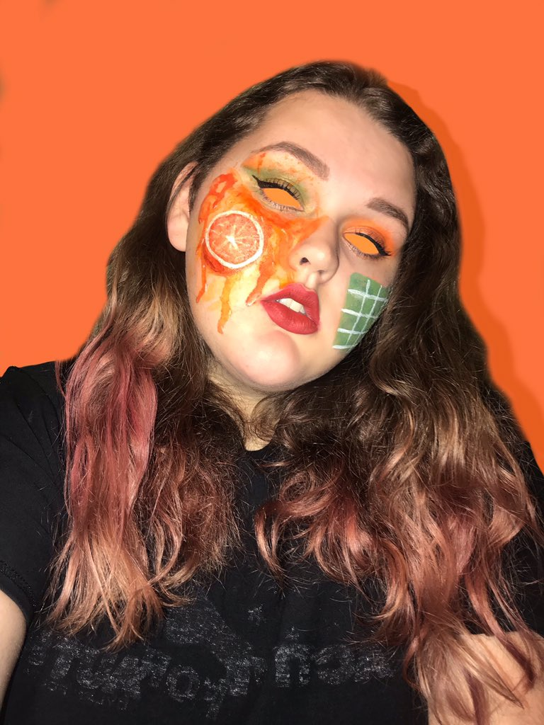 RT @kkjetes: 🍊 YOU DONT LOVE ME THE SAME 🍊#WATCHWHATHAPPENSNEXT #waterparks #SUNNYPARX #FANDOM https://t.co/0ySgXQvTWE