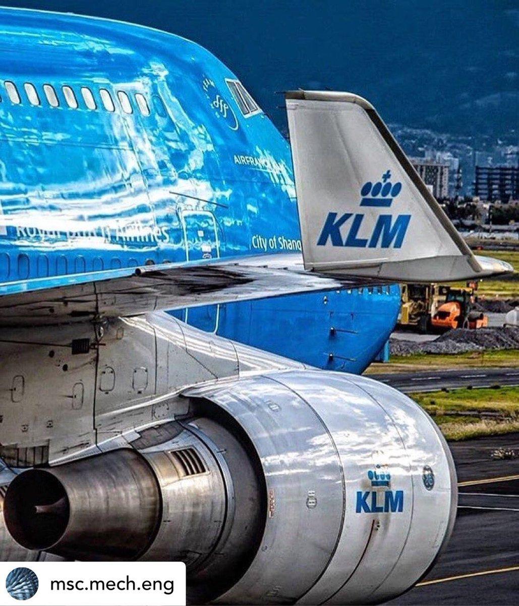A Dutch Queen by @sarteaspotter  #aviationlover #aviator #av1ati0n #aviationdaily #avgeek #avgeeks #spotting #spotter #plane #planes #planespotters #planespotting #modelling #pilotlife #pilot #airplane #crewlife #flight #owntheskies  _____________________________ @klm @boeingpic.twitter.com/IGjgWBbSIk