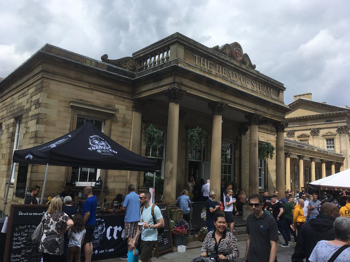 Need a good pint for the festival? We've got you covered! Check out our outdoor bar with all the wonders it holds! #hfdf19 #cameronsbrewery #headofsteam #headofsteamhuddersfield #summerfestival #beerme #craftale #caskale #roadcrew #roadcrewbeer #huddersfield https://t.co/3DSTAfj0s8