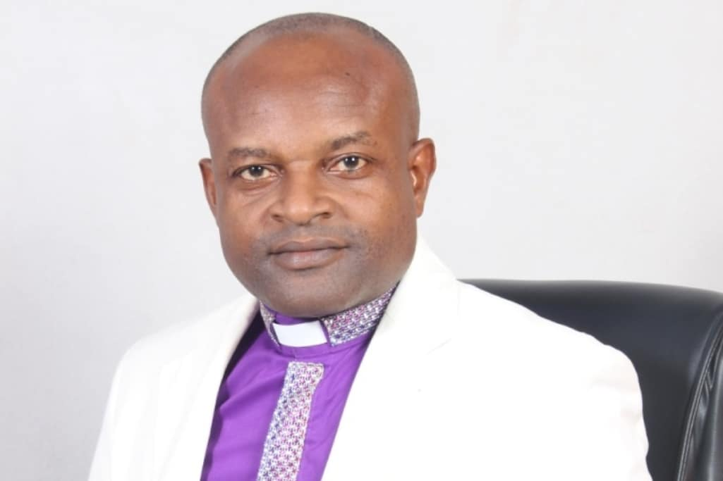 Listen to the program, LAW & MORALITY on ARMED FORCES RADIO 107.7FM this Tuesday 6th August, 2019 by 10am as God's servant Bishop Dr. Prince Aniekan Lawrence speaks on the the topic INDECENT DRESSING & ASSAULT.   #DestinyFamily  #ChampionsForever  #WeAreDestinypic.twitter.com/tmfPUNDWYC