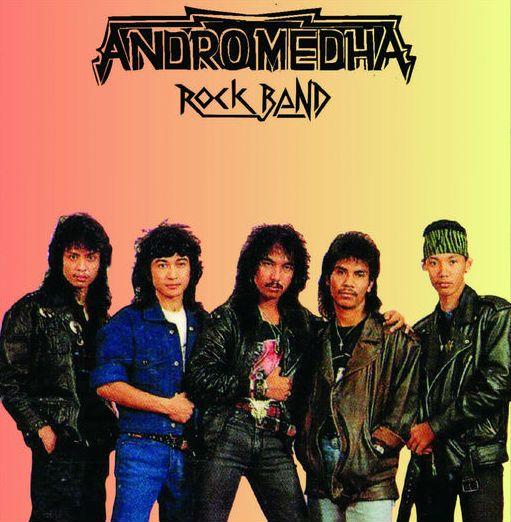 """Kunto Hartono Twitter પર: """"Salah 1 Drummer Idola adalah @yoyoprasetyo29..sejak Do'i jadi Drummer ANDROMEDHA & menyabet Drummer Terbaik Festival Rock V (1989) Saya sempat bergabung dgn ANDROMEDHA (2010-2011)..Like Tenan dgn lagu PRESTASI"""