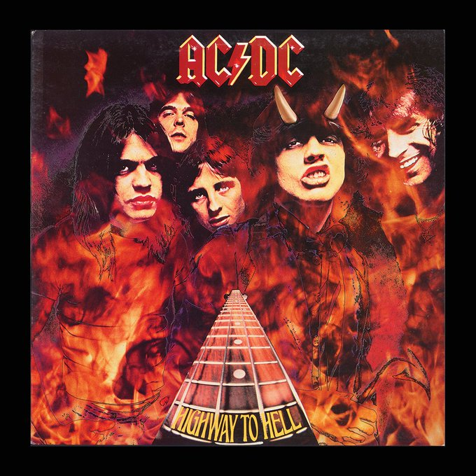"'s Media: The original 'Highway To Hell' cover was ""shot down in flames"" by the American record company... ⚡️"