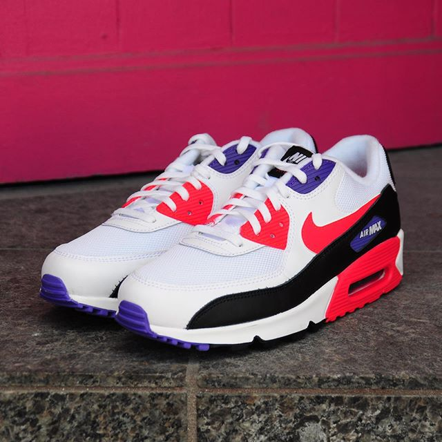 really comfortable save up to 80% release date: Fall 2019 Collection Men's Nike Air Max 90 Essential ...
